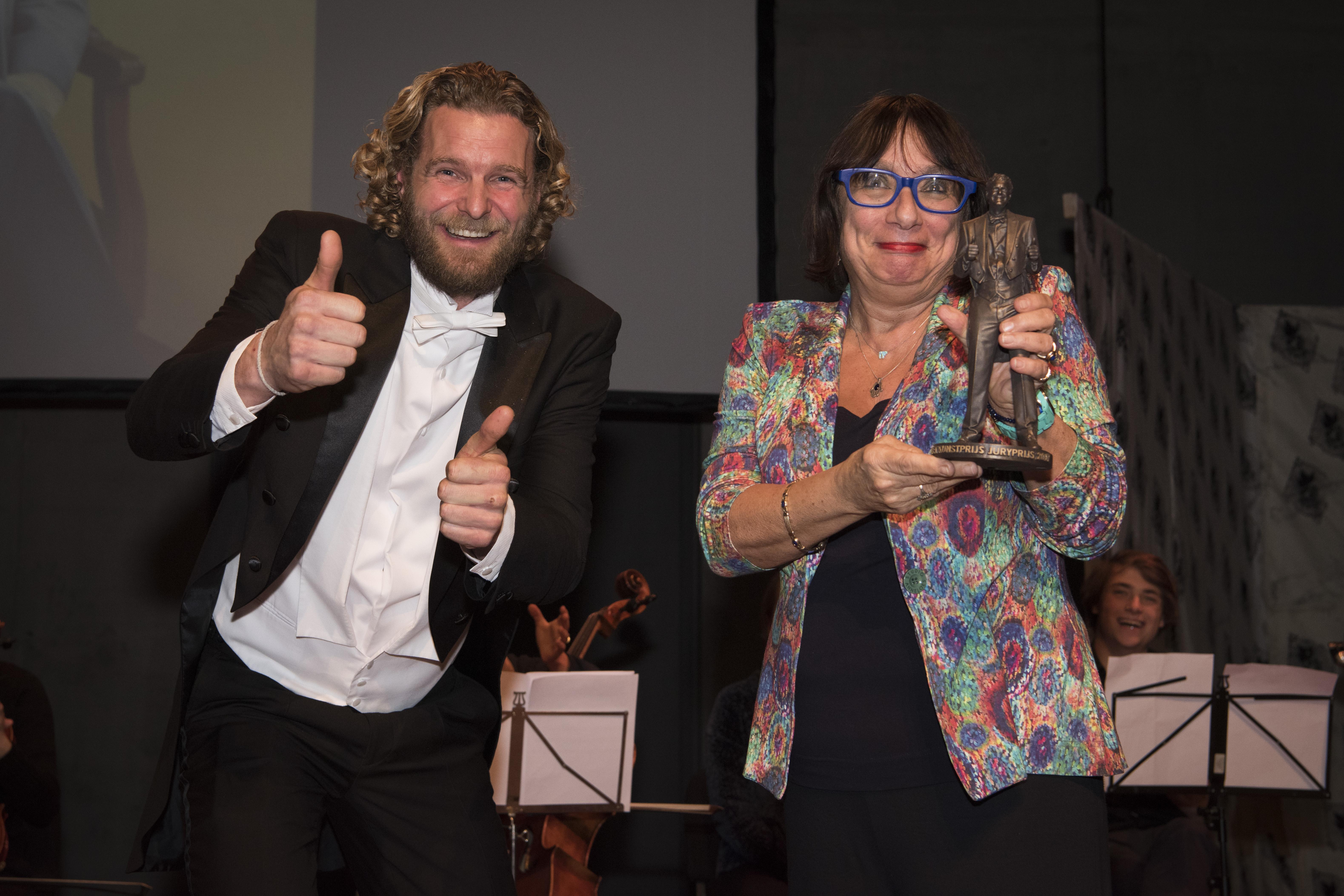 VLNR_Juryprijs2017_FlorentijnHofman_RebeccavanLeeuwenRabarber_foto-Janneke-van-Beek